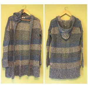 GAP blue color block sweater